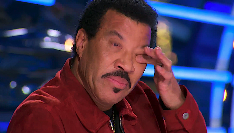 Lionel Richie is moved to tears on 'American Idol.' (Photo: ABC)