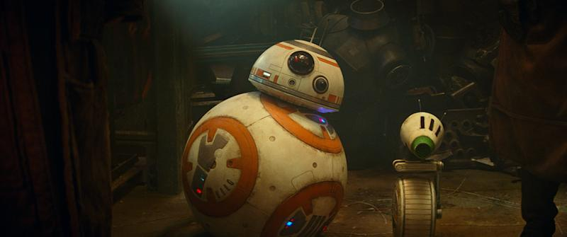 BB-8 and D-O in Star Wars: The Rise Of Skywalker (PHOTO: Walt Disney Studios)