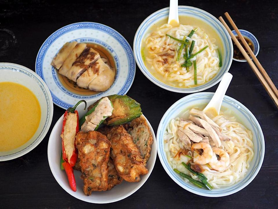 Get Ipoh favourites like 'kai si hor fun' and a selection of 'sar kok liew' and other stuffed goodies. — Pictures by Lee Khang Yi