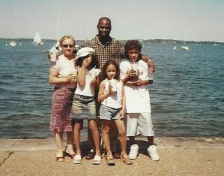 Elladj Baldé with his parents, Marina and Ibrahim, and his sisters, Djoulia (left) and Catherine, during a 2002 family trip to Chicago. (courtesy Elladj Baldé)