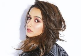 See Pic: Shraddha Kapoor wears nothing but jacket and boots, sets the internet ablaze