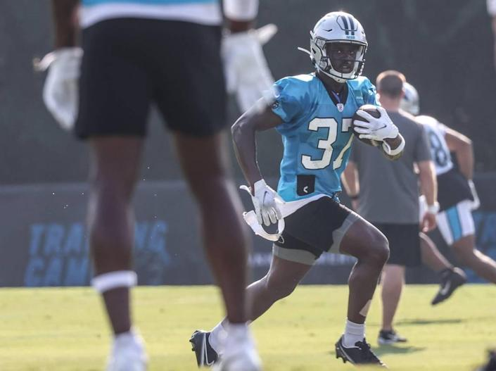 Carolina Panthers J.T. Ibe runs the ball during a drill at day 5 of the Carolina Panthers training camp at Wofford College in Spartanburg, S.C., on Monday, August 2, 2021.