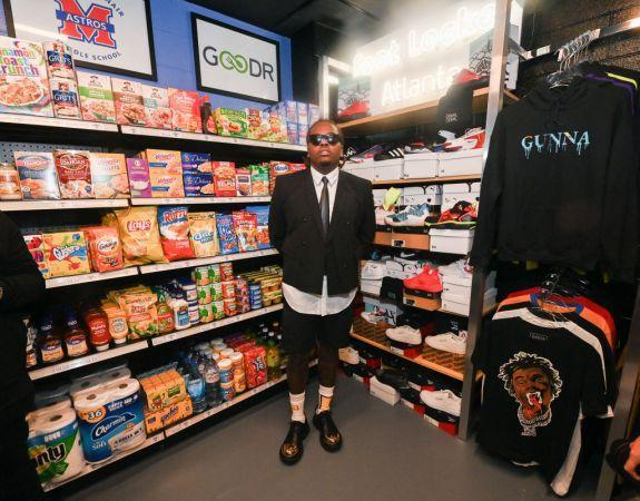 Rapper Gunna Helps Open Free Clothing and Grocery Store Inside Atlanta Middle School