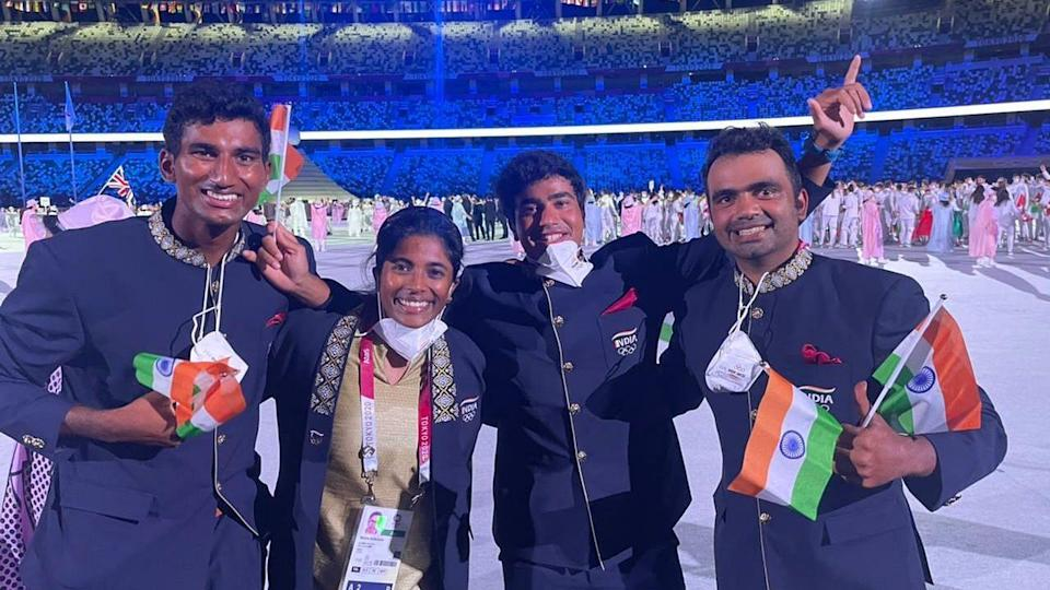 """<div class=""""paragraphs""""><p>Members of the Indian contingent pose for a photo during the opening ceremony on Friday</p></div>"""
