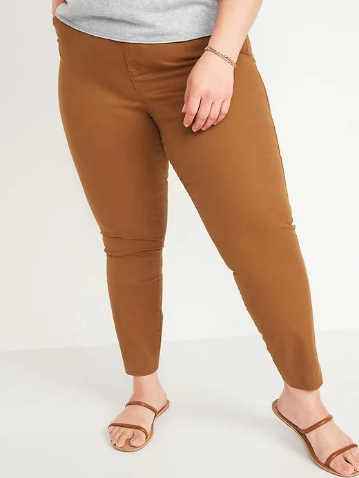 Mid-Rise Pixie Chino Ankle Pants. Image via Old Navy.