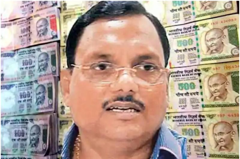 Tainted Noida Chief Engineer Yadav Singh Freed on Bail as CBI Claims Court Was Shut
