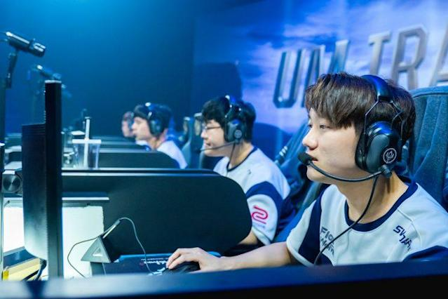 The Flash Wolves at the 2017 MSI Play-In (Riot Games Brazil/lolesportsbr)