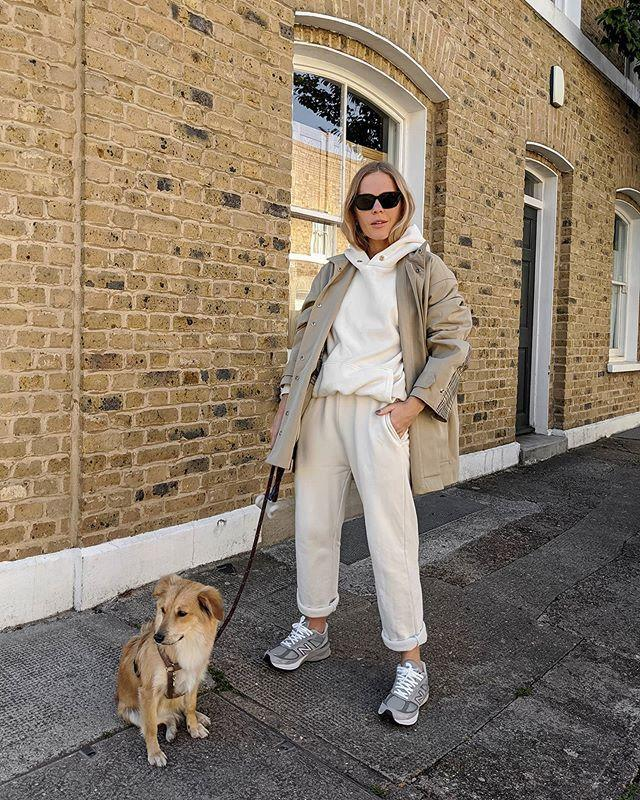 """<p>There's something about cream-on-cream that screams style star to us, so much so that it garnered its own social media hashtag. Showcase your love for oatmeal dressing with an off-white hoodie and matching joggers on your next fall weekend out. </p><p><a href=""""https://www.instagram.com/p/B_0CHGbnmDc/"""" rel=""""nofollow noopener"""" target=""""_blank"""" data-ylk=""""slk:See the original post on Instagram"""" class=""""link rapid-noclick-resp"""">See the original post on Instagram</a></p>"""