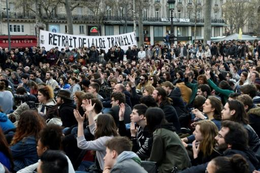 France lifts lid on contested labour reforms