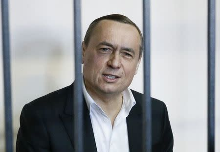 Ukraine makes two high-profile detentions in corruption case