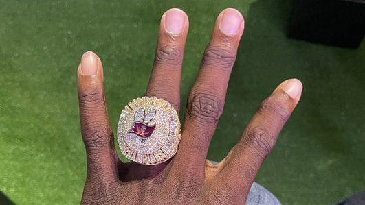 Tom Brady Calls His New Super Bowl Ring By Far The Most Incredible Ring That S Ever Been Made