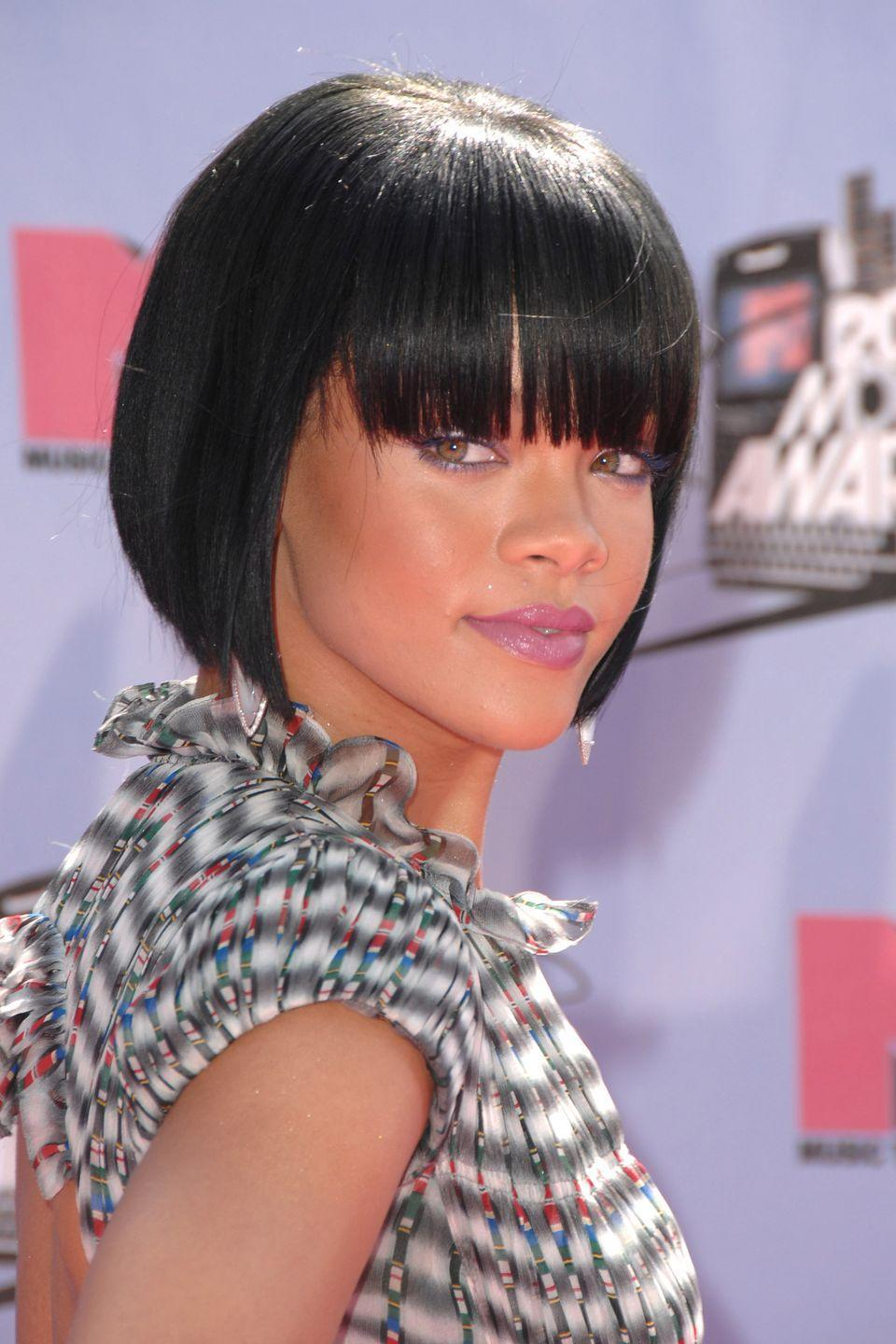 <p>If you've ever debated getting bangs, Rihanna makes a very strong case for them with this bob.</p>