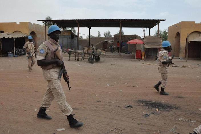 UN peacekeepers patrol on May 12, 2015 in Timbuktu after an attack by the rebel Coordination of Azawad Movements killed nine Malian soldiers (AFP Photo/Alou Sissoko)