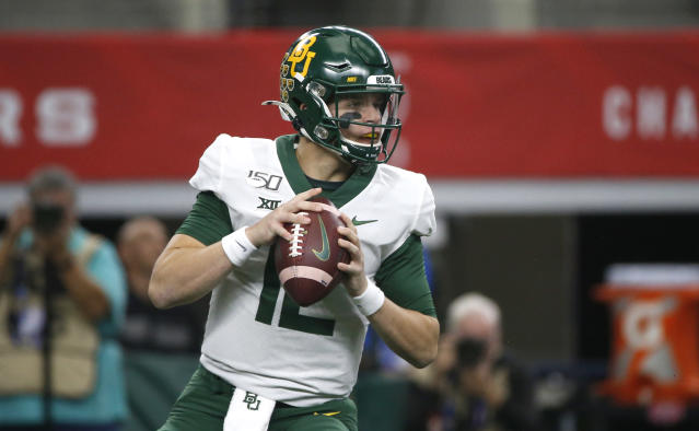 Baylor quarterback Charlie Brewer left the Big 12 championship game after a hard hit in the first half. (Photo by Ron Jenkins/Getty Images)