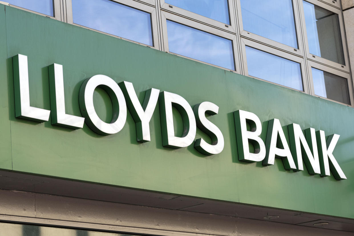 LONDON, UNITED KINGDOM - 2020/06/02: Lloyds Bank logo seen one at one of their branches. (Photo by Dave Rushen/SOPA Images/LightRocket via Getty Images)
