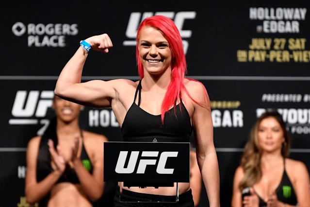 Gillian Robertson will take on heavily hyped prospect Maycee Barber (not pictured) on Friday in Boston. (Getty Images)