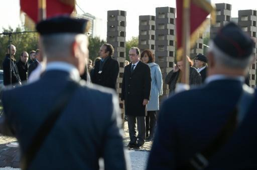 Hollande acknowledges French role in Roma internment in WWII
