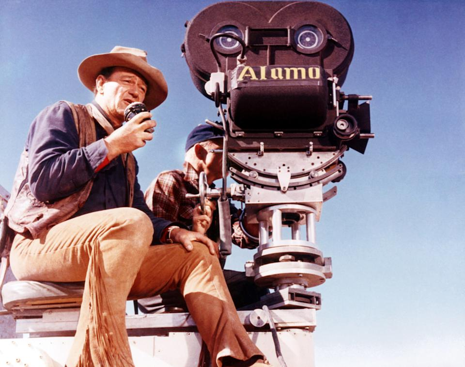 Wayne behind the camera on the set of 'The Alamo' (Photo: Courtesy Everett Collection)