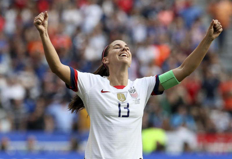 Soccer star Alex Morgan is a vegan — here's why plant-based eating is a growing trend for athletes