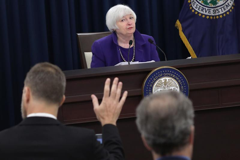 We Look to the Fed to Fix the Economy Because Congress Is Broken