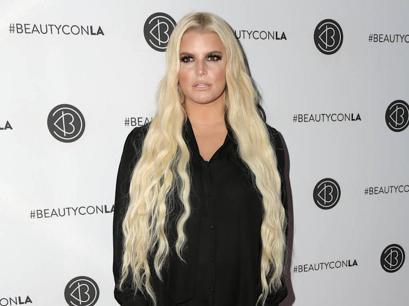 Jessica Simpson turned to diet pills after record executive told her to lose weight
