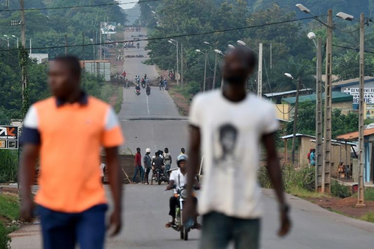 Protesters mounted barricades in the flashpoint town of Daoukro