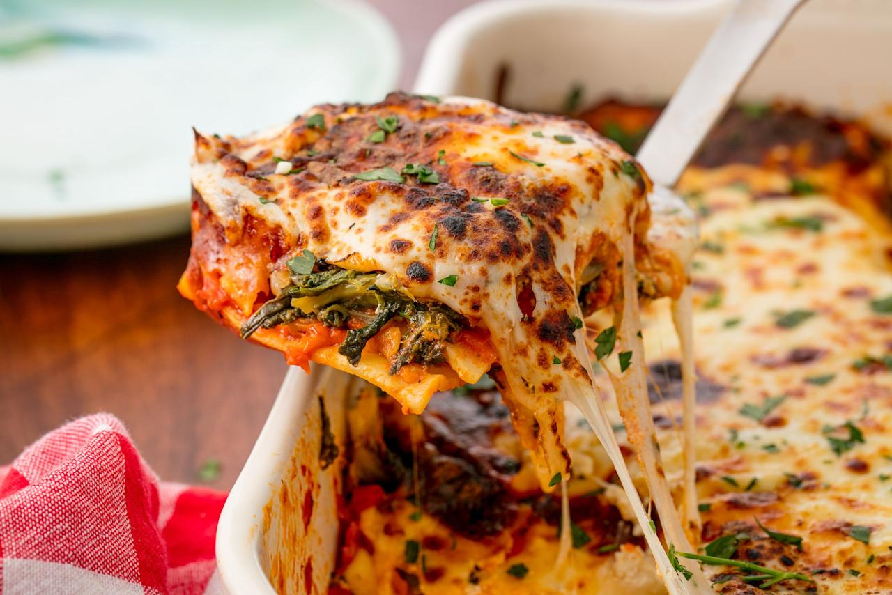 <p>Cheesy pasta is the ultimate comfort food. </p>