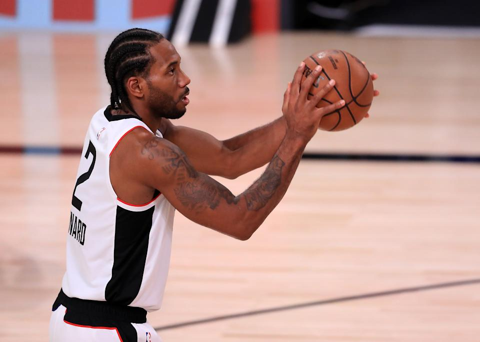 Kawhi Leonard #2 of the LA Clippers shoots the ball during the second quarter against the Denver Nuggets.