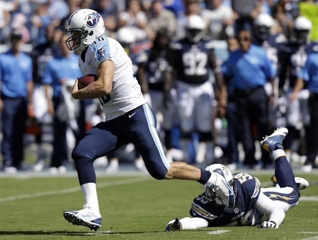 Tennessee Titans quarterback Jake Locker (10) leaves San Diego Chargers linebacker Andrew Gachkar (59) behind while running for a 39-yard gain in the first quarter of an NFL football game on Sunday, Sept. 22, 2013, in Nashville, Tenn. (AP Photo/Wade Payne)