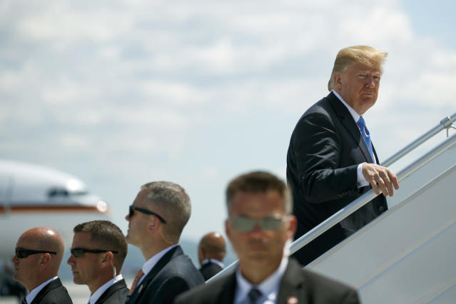 <p>President Donald Trump boards Air Force One for a trip to Singapore to meet with North Korean leader Kim Jong Un, Saturday, June 9, 2018, at Canadian Forces Base Bagotville, in Canada. (Photo: Evan Vucci/AP) </p>