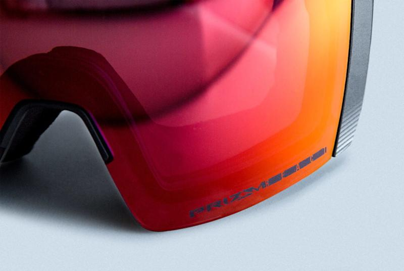 c50de6fe4972 Oakley s Prizm React ski goggles change tint at the press of a button