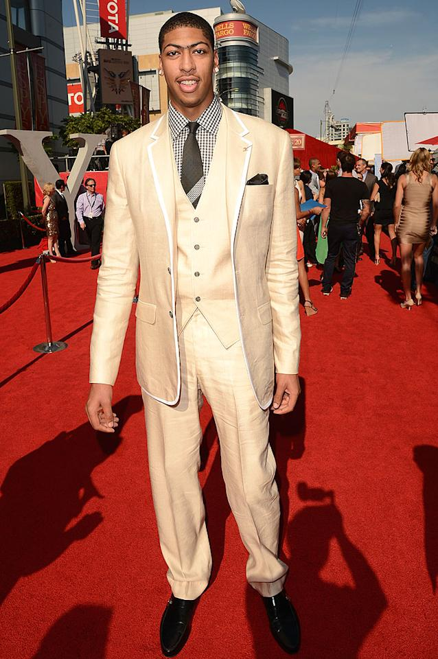 Anthony Davis, of the New Orleans Hornets, arrives at the 2012 ESPY Awards.