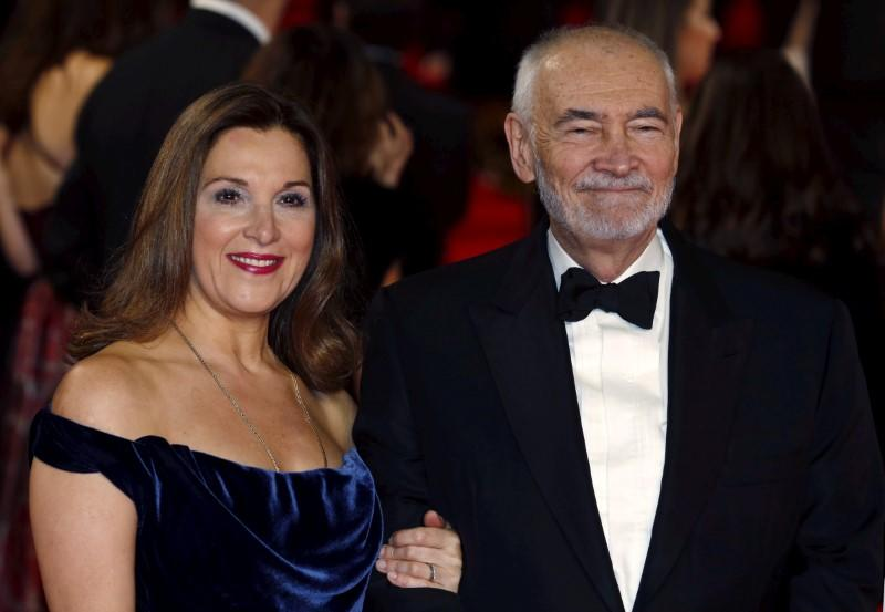 James Bond producer rules out female 007 - Variety