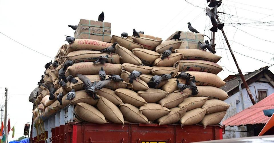 <p>A lorry carrying bags of grain in India. Photo for illustrative purposes only. (Shutterstock)</p>