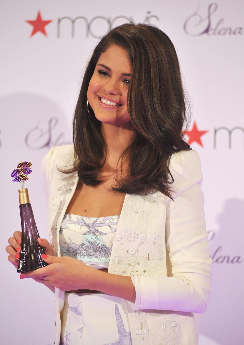 <p>Selena launched her first fragrance at Macy's in NYC.</p>