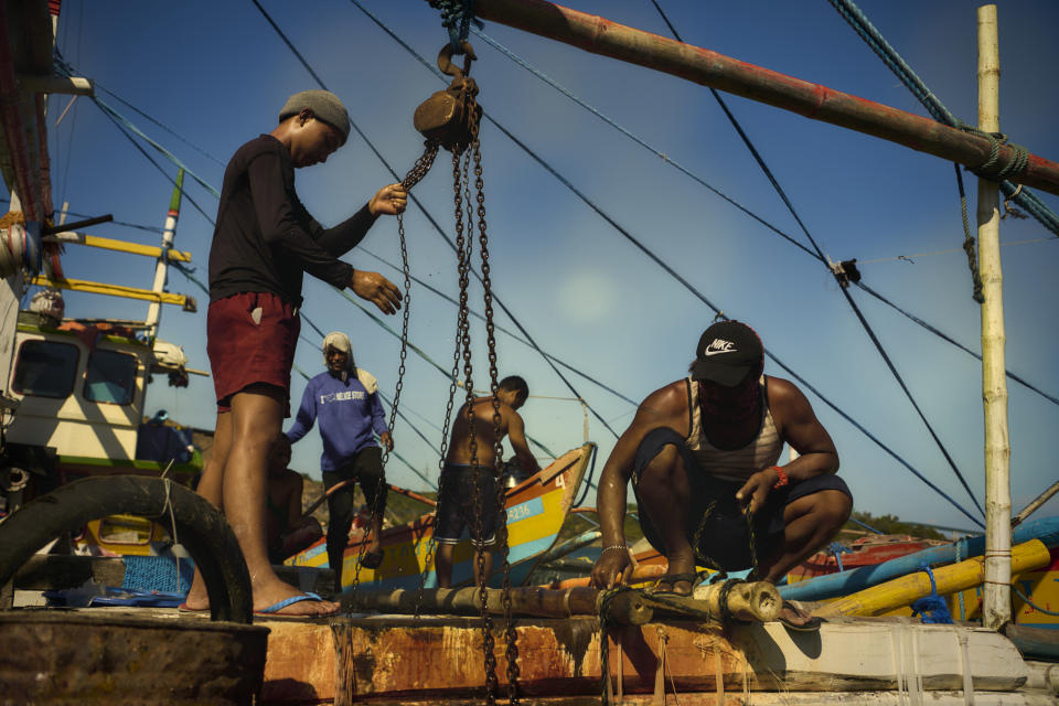FILE PHOTO: Filipino fishermen prepare their boat to sail to the West Philippine Sea despite harassment by Chinese militia and coast guard in the disputed waters on May 17, 2021 in Mariveles, Bataan. (Source: Jes Aznar/Getty Images)