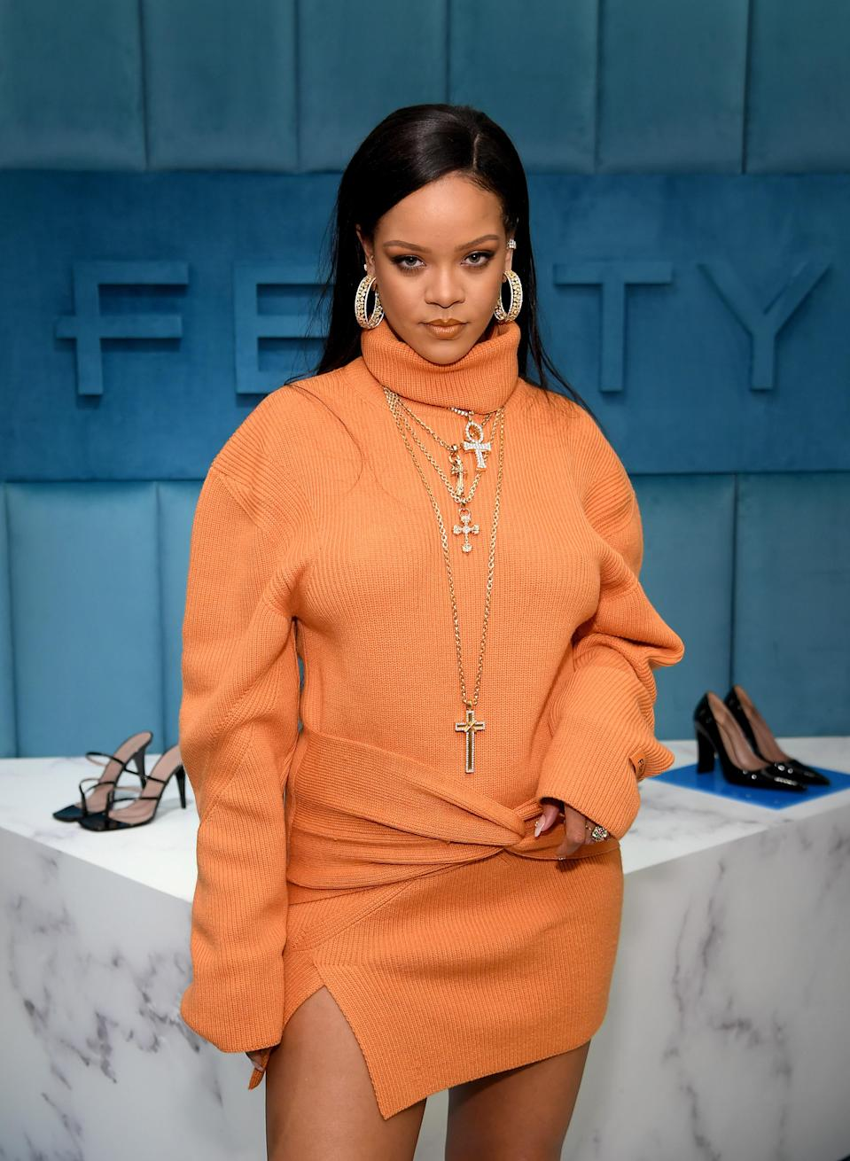 """Before she was a chart-topping singer or leading a billion-dollar business, Rihanna was born Robyn Rihanna Fenty. (Yep, that's where the <a href=""""https://www.glamour.com/gallery/fenty-beauty-reviews?mbid=synd_yahoo_rss"""" rel=""""nofollow noopener"""" target=""""_blank"""" data-ylk=""""slk:beauty brand"""" class=""""link rapid-noclick-resp"""">beauty brand</a>'s name comes from!) Her closest friends and family members still call her Robyn. """"I get kind of numb to hearing Rihanna, Rihanna, Rihanna,"""" she once <a href=""""https://www.rollingstone.com/music/music-lists/excerpts-from-rihannas-rolling-stone-cover-story-10381/sweet-basil-102736/"""" rel=""""nofollow noopener"""" target=""""_blank"""" data-ylk=""""slk:told Rolling Stone"""" class=""""link rapid-noclick-resp"""">told <em>Rolling Stone</em></a>. """"When I hear Robyn, I pay attention."""""""