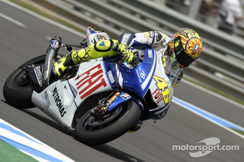 "2009: Valentino Rossi, Fiat Yamaha Team<span class=""copyright"">Bridgestone Corporation</span>"