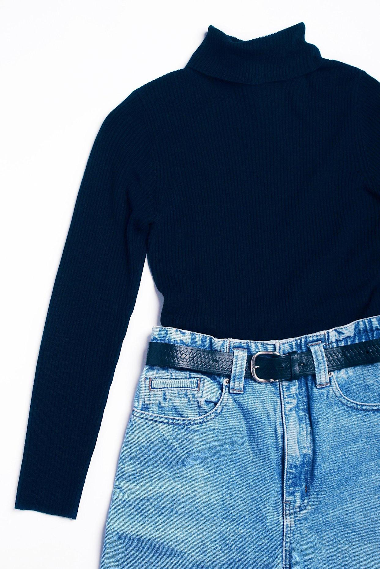 High-waisted mom jeans and black turtleneck