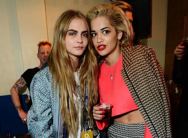32aa9b775aa051 The Cara Delevingne Fan Club! Rita Ora And Harry Styles Party With The Model
