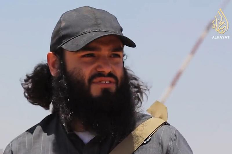 Image taken from a video released on June 29, 2014 by the jihadist terrorist group Islamic State of Iraq and Syria (ISIS), allegedly shows Chilean jihadist Abu Safiyya (AFP Photo/)