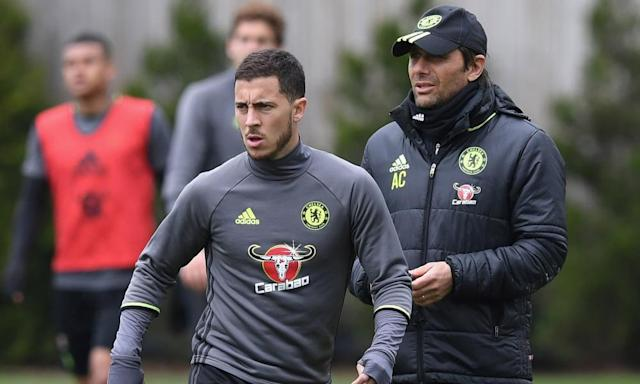 """<span class=""""element-image__caption"""">Antonio Conte is keeping a close eye on Eden Hazard during Chelsea training.</span> <span class=""""element-image__credit"""">Photograph: Darren Walsh/Chelsea FC via Getty Images</span>"""