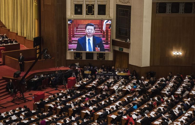China altera lei e presidente pode governar por tempo indeterminado