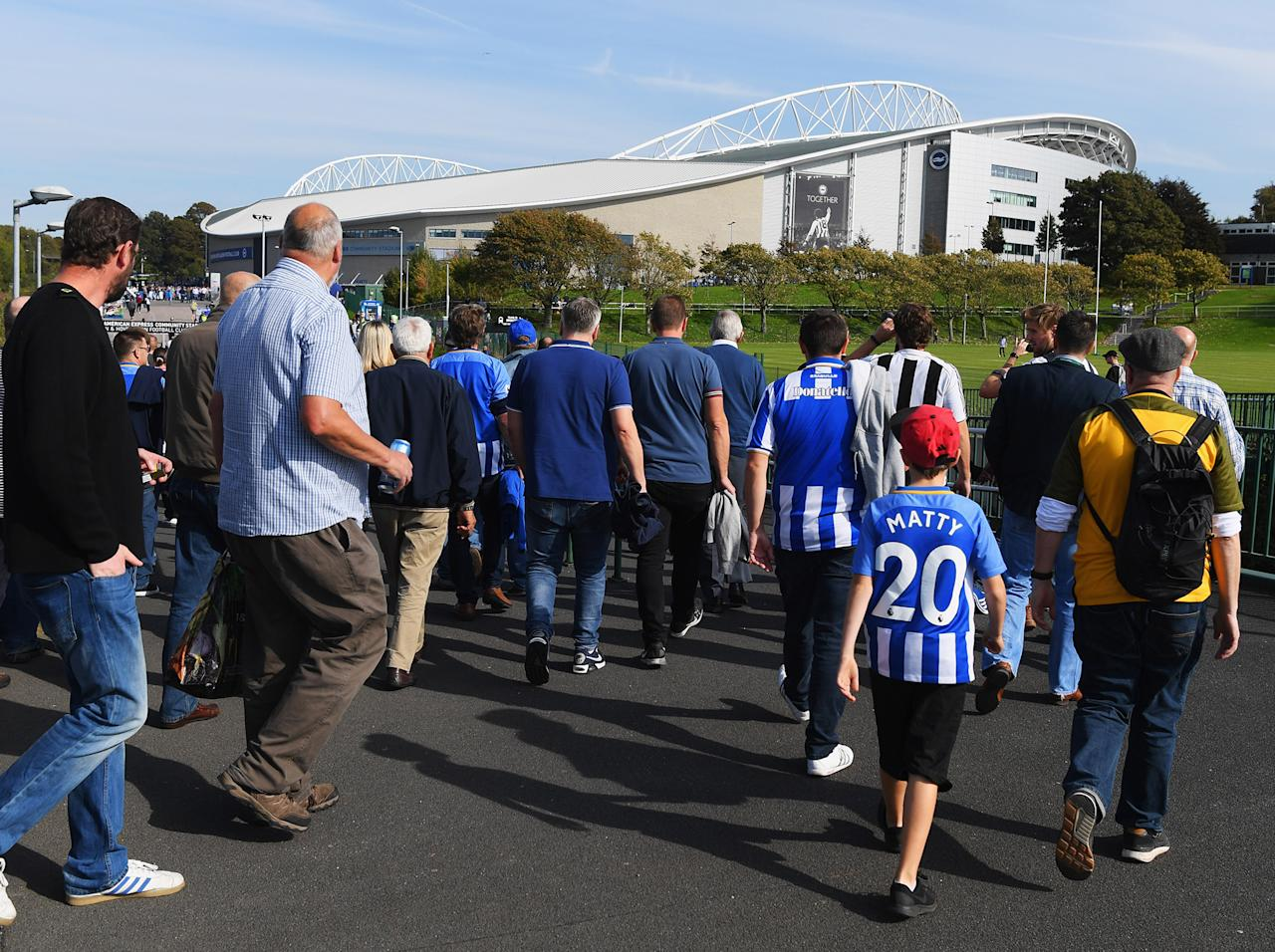 Brighton vs Newcastle, Premier League live: Can Rafael Benitez's side maintain their impressive start?