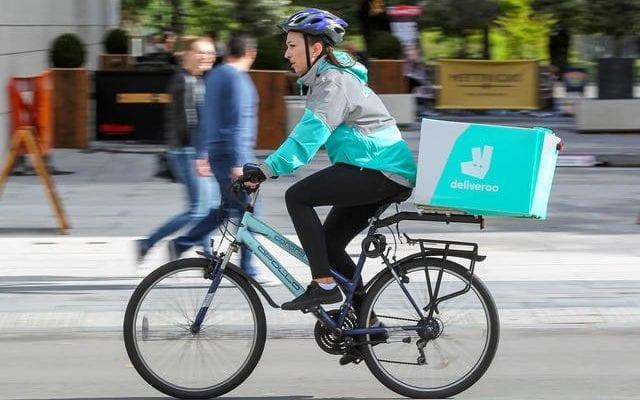 Zego offers insurance to Deliveroo riders - www.alamy.com