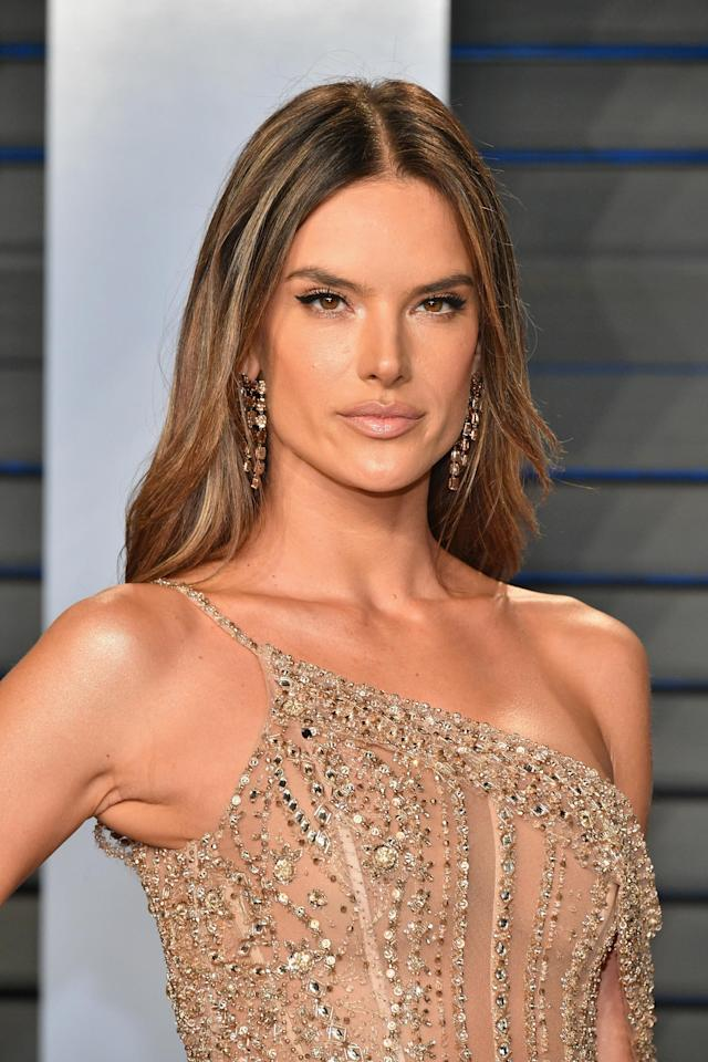 Alessandra Ambrosio at a 2018 Oscars after-party. (Photo: Dia Dipasupil/Getty Images)