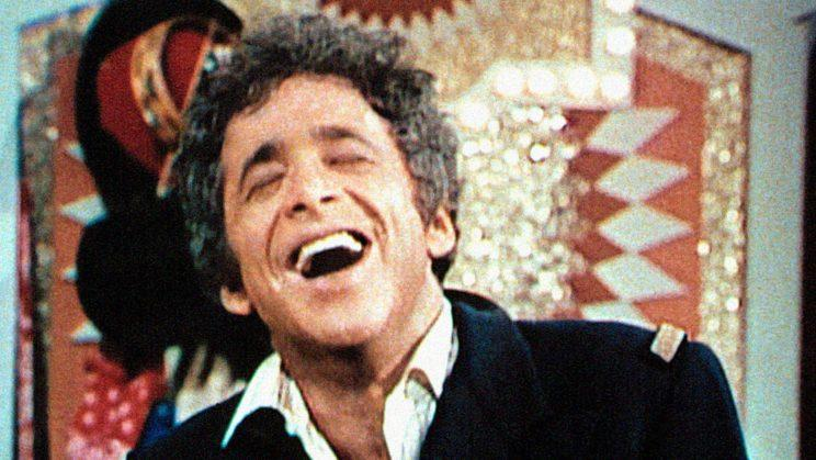 Chuck Barris hosting <em>The Gong Show</em> in the 1970s.