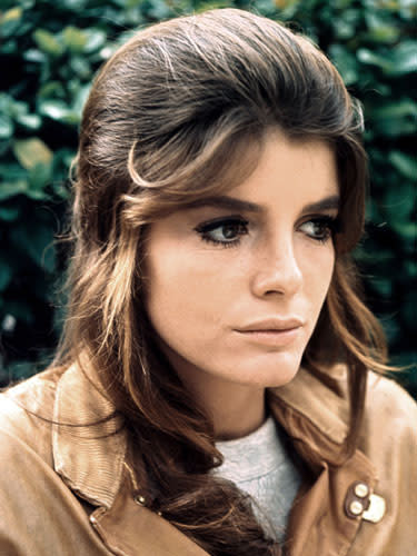 """<div class=""""caption-credit""""> Photo by: Embassy/Laurence Turman/Kobal Collection/Art Resou</div><div class=""""caption-title"""">Mega lashes</div>Get Katharine Ross' full, fluttery fringe: <br> <br> 1. Start by curling your lashes, but not just at the roots. Instead, working from roots to tips, clamp the curler several times along your lashes, which helps form a natural-looking bend. <br> <br> 2. Brush on two coats of a lengthening mascara, layering it on thicker at your lashes' outer corners for a flirty, cat-eye effect. <br> <br> 3. Wipe off the wand with a tissue, then comb it through your lashes one last time to separate and define them. <br> <br> <b>More from REDBOOK:</b> <ul>  <li>  <a rel=""""nofollow"""" href=""""http://www.redbookmag.com/beauty-fashion/tips-advice/best-at-home-hair-color?link=rel&dom=yah_life&src=syn&con=blog_redbook&mag=rbk""""><b>The Best Hairstyles for Your Age</b></a>  </li>  <li>  <a rel=""""nofollow"""" href=""""http://www.redbookmag.com/beauty-fashion/tips-advice/best-at-home-hair-color?link=rel&dom=yah_life&src=syn&con=blog_redbook&mag=rbk""""></a>  <br>  </li>  <li>  <br>  </li> </ul>"""