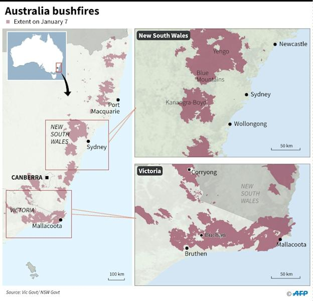 Maps showing the extent of bushfires in Australia's Victoria and New South Wales states on January 7