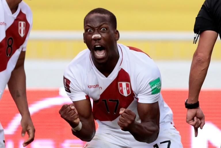 Luis Advincula was the unlikely hero as Peru stunned Ecuador in Quito to earn their first win of the qualifying campaign